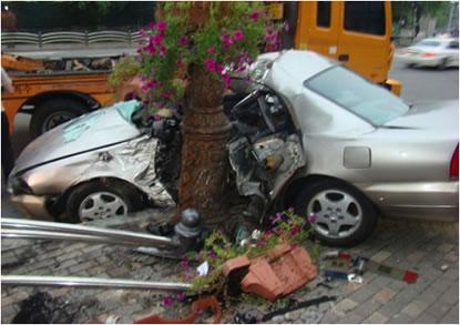 Guy Describes Car Crash